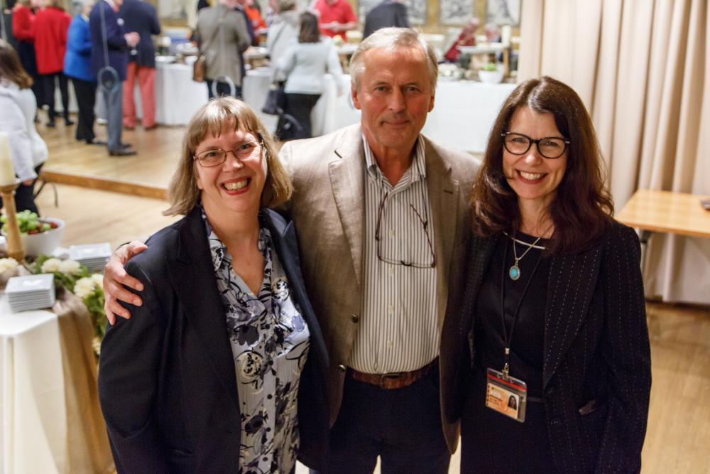 Linda A. Oliveira, John Grisham, Barbara H. Valenza (photograph by Shelley M. Szwast)